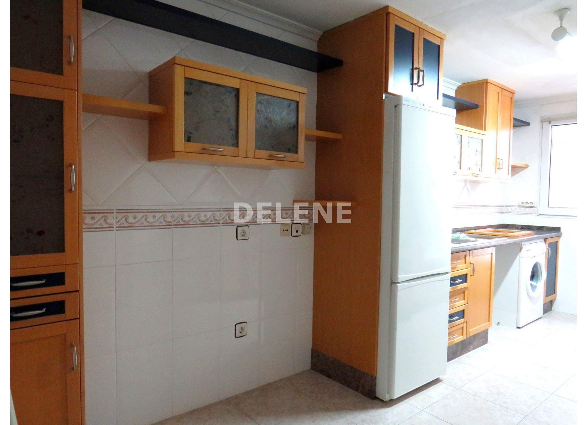 1754 PISO DE 127 m2 CON GARAJE, ZONA CRUZ DE LOS CAÍDOS